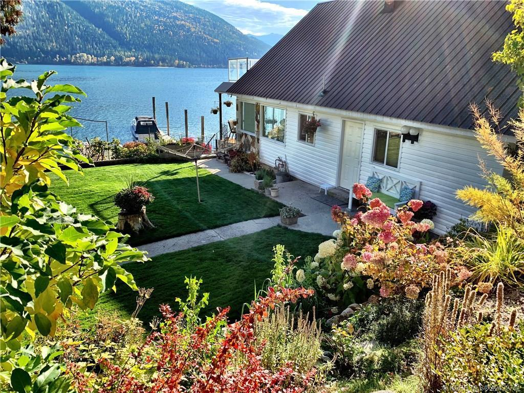 3240 HIGHWAY 3A, Nelson