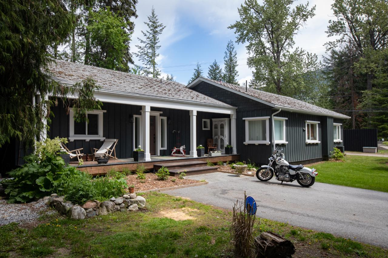 2771 HIGHWAY 3A, Nelson
